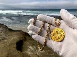 PERU 1708 8 ESCUDOS 22kt SOLID GOLD COIN PENDANT JEWELRY PIRATE COINS NE... - $3,450.00