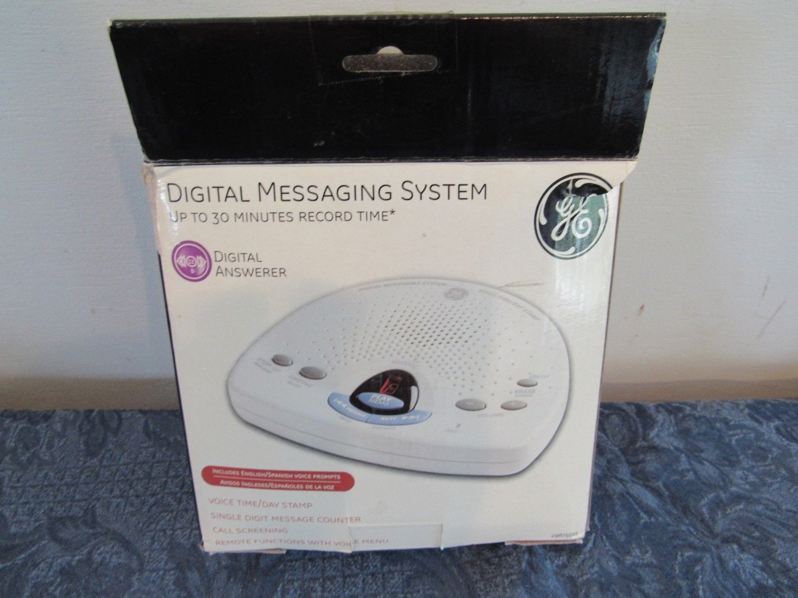 GE Digital Messaging System With Voice Time  Day Stamp Call Screening 29875GE1