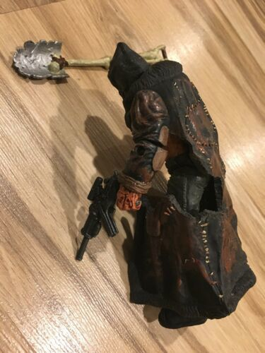 McFarlane Spawn The Movie Burnt Spawn Action Figure 1997 DAMAGED Beggar Shovel