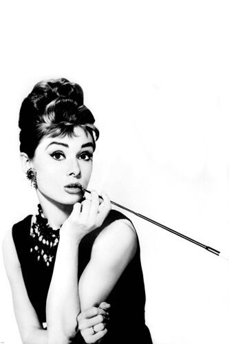Breakfast at tiffany s poster 24x36 cigarette holder