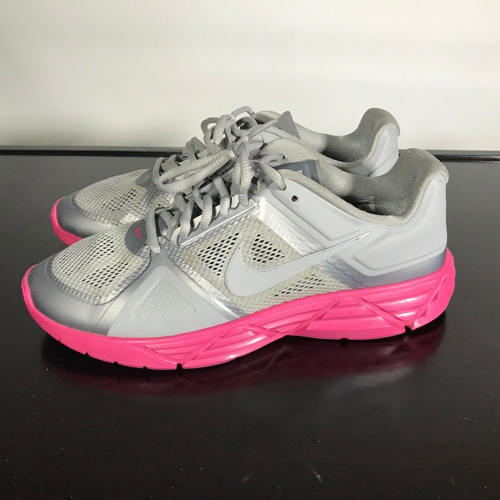Nike Lunar Victory Training  Size 9.5, Women's Gym Shoes. Lunarlon. Gray. Nice!
