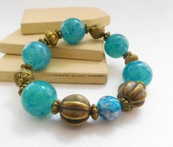 Retro Vintage Turquoise Blue Antiqued Gold Tone Bead Stretch Bangle Brac... - $14.44