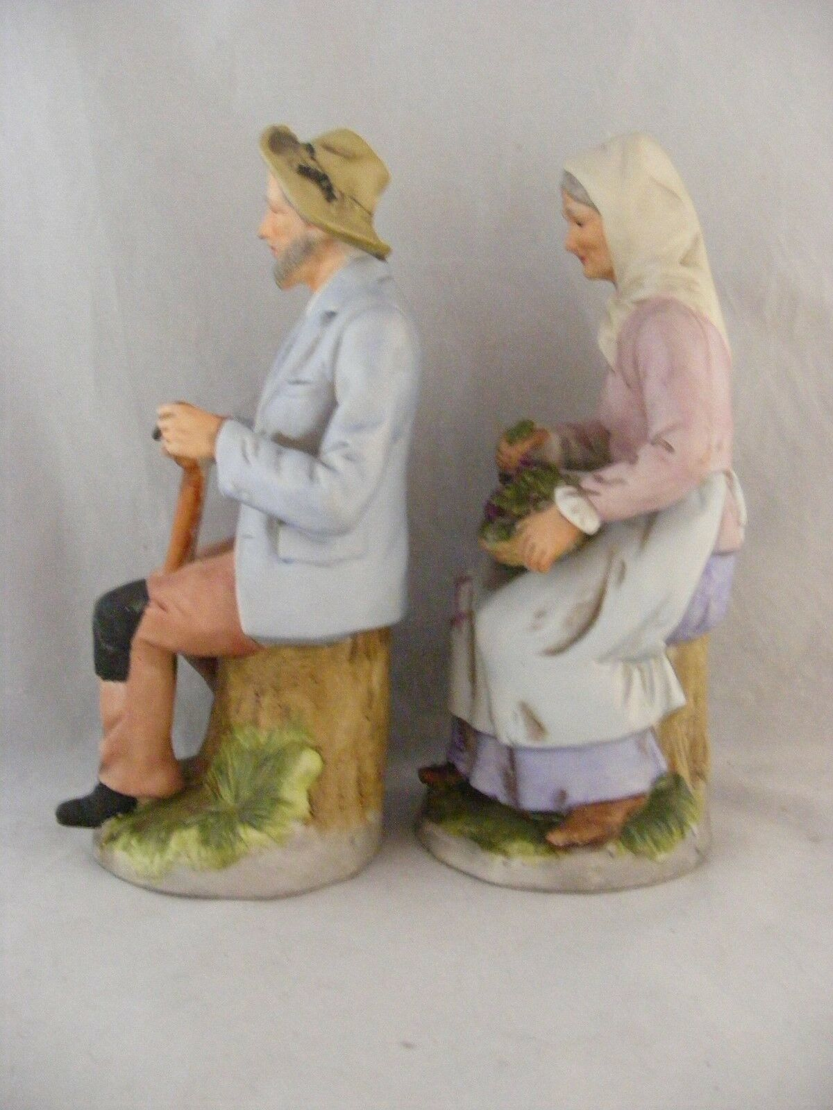 2 Homco Figurines Handpainted Bisque Sitting Farming Couple