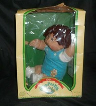 Vintage 1985 Cabbage Patch Kids Doll Boy W/ Brown Hair Blue Overall Outfit Box - $73.87