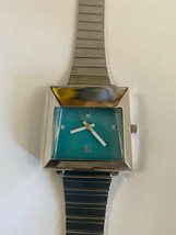 1970s jetsons  vintage retro space age future watch with calendar  - $7.91