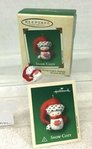 2002 Snow Cozy #1 Mini Hallmark Christmas Tree Ornament MIB Price Tag - $12.38