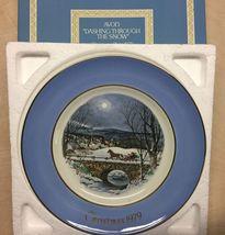 VTG 1979 AVON ENOCH Wedgewood DASHING THROUGH SNOW Christmas Plate ENGLAND - $11.00
