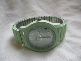 Geneva Platinum Wristwatch Blue Expansion Band Round Face - $29.00