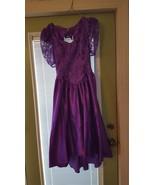Gown vintage 80s Victorian lace pearl back strands Masquerade costume Ha... - $30.00