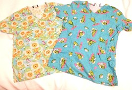 2 SCRUB TOPS Womens Comfy Cotton Scrubs S Shirts Frogs Lions Flowers Sma... - $25.95