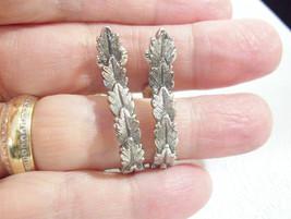 AVON LAUREL LEAF HOOP Silver Plate Clip on Earrings Antiqued Leaves Vintage - $15.83