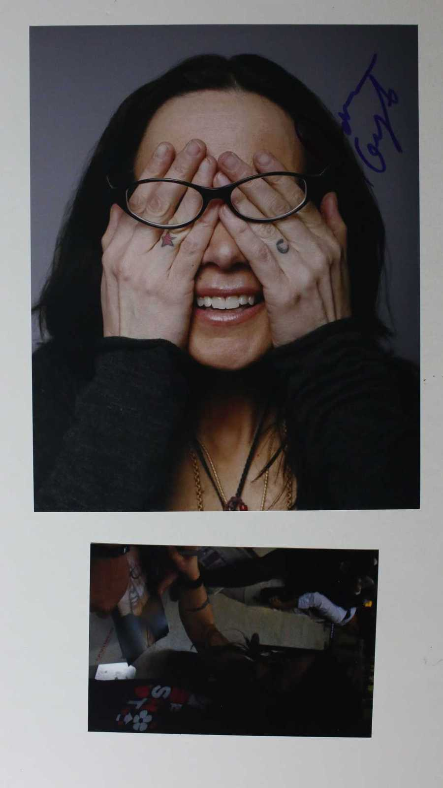 Primary image for Janeane Garofalo Signed Autographed Glossy 8x10 Photo w/ Proof Photo