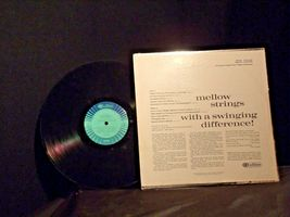 RCA Camden Living Strings – Night Themes AA-192007 Collectible image 6