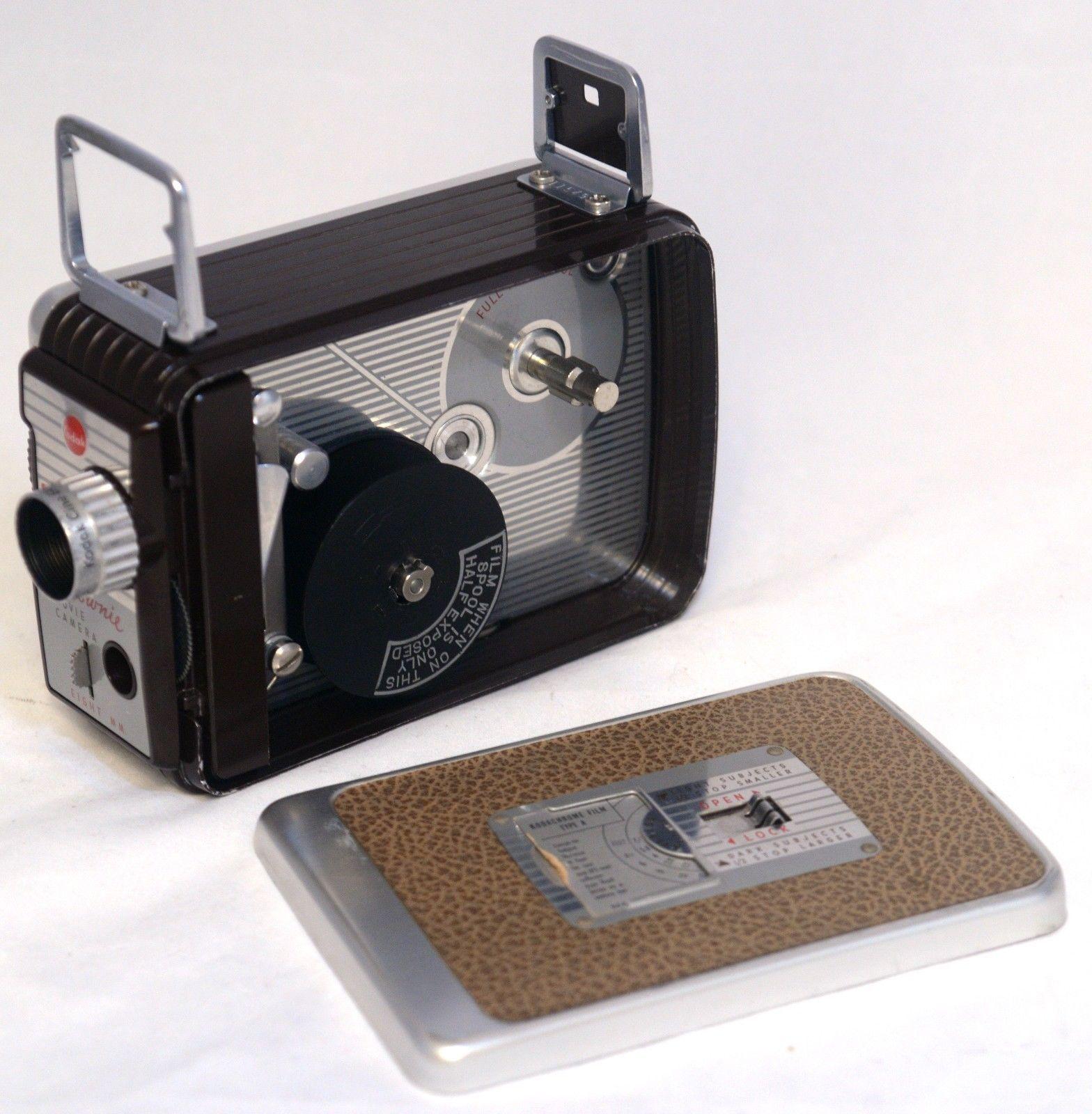 KODAK BROWNIE EIGHT MM 8mm Vintage Movie Camera Cine Ektanon 13mm lens +Case USA