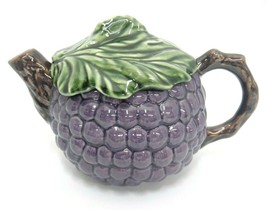 Portugal Pottery Purple Grape Teapot Embossed Jay Willfred Andrea by Sadek  - £14.50 GBP
