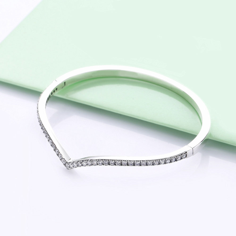 925 Sterling Silver Shimmering Wish Love Heart Bangle Bracelet