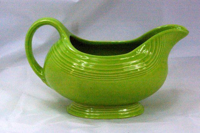 Homer Laughlin 1999 Fiesta Charteuse Gravy Boat image 1