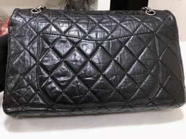 Auth Chanel Black 2.55 Reissue Quilted Age Calfskin 227 Jumbo Double Flap Bag  image 2