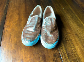 Gap Girl Size 2 Sequin Sneakers in Champagne Gold - $14.03