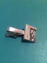 Vintage 60s silver plated Textured Square and Seahorse tie clip (bar style)