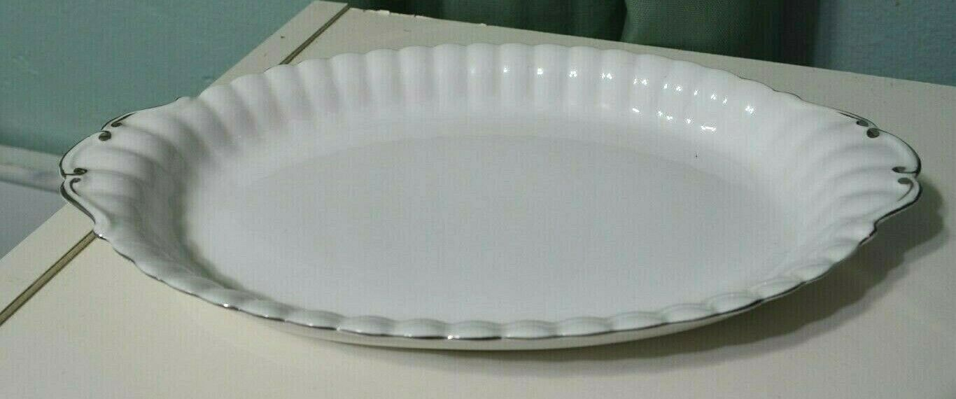 Royal Albert Chantilly White Small Oval Casserole Dish Platter plate 10.75""