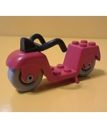 LEGO ® VINTAGE RED SCOOTER OR MOTORCYCLE - $3.03