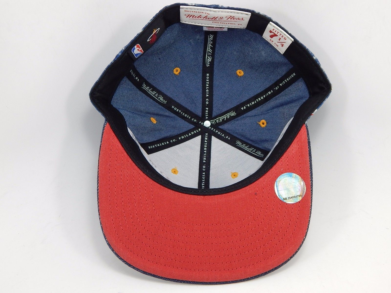 Miami Heat Mitchell & Ness Size 7 1/4 Crown Fitted NBA Cap Hat Blue Jeans Denim