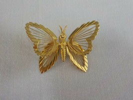 Vintage Jewelry Signed Monet Wire Butterfly Brooch Pin - $12.00