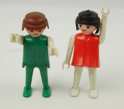 Vintage Pair (2) 1974 Playmobil Geobra Figures Fair Condition - $4.79