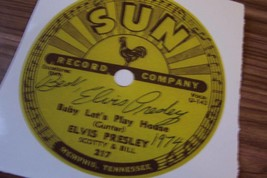 ELVIS PRESLEY AUTOGRAPH SIGNED SUN RECORD LABEL FROM 1974 BABY LETS PLAY... - $24.75