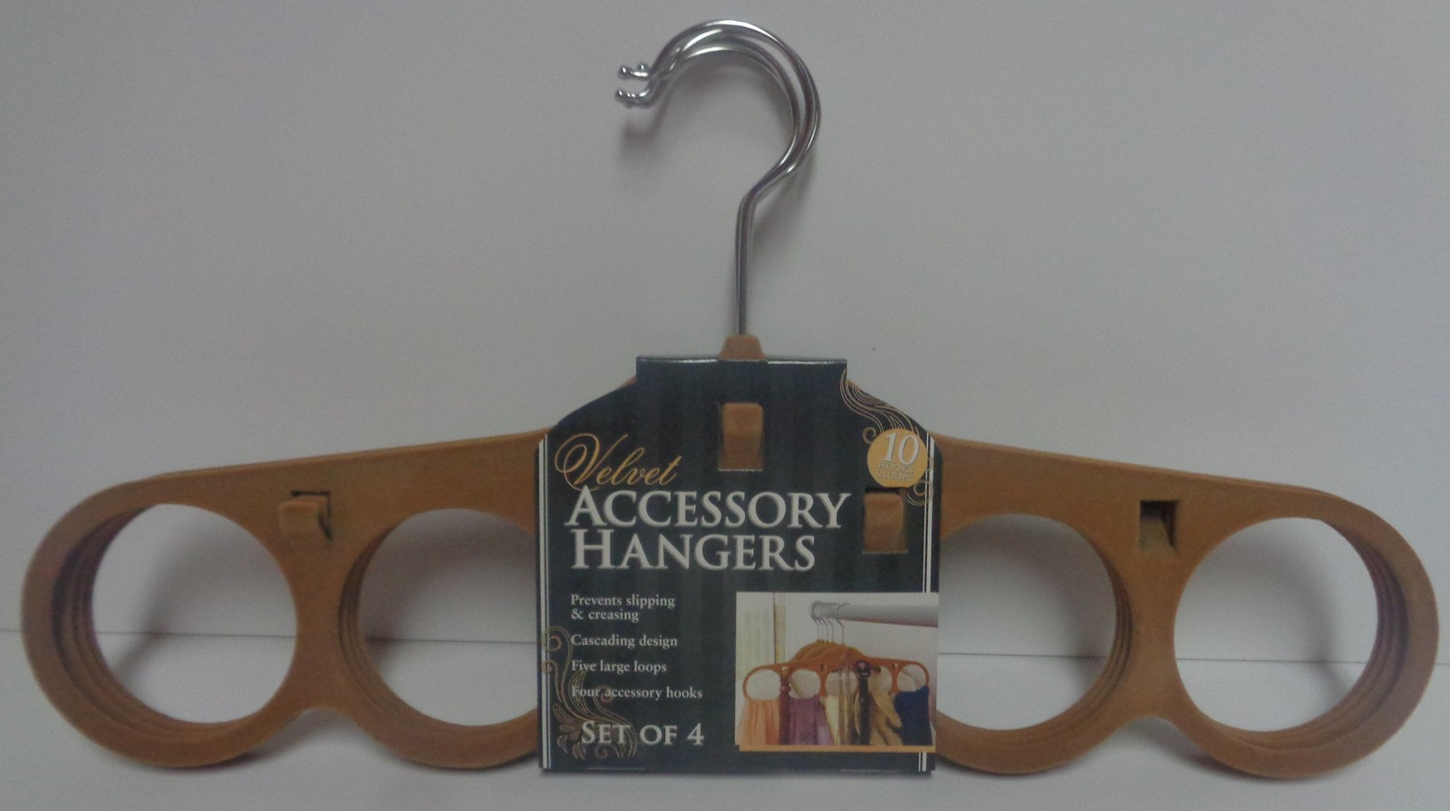 Karen Rhodes 4-Pack Velour Accessory Hangers NWT Free Shipping