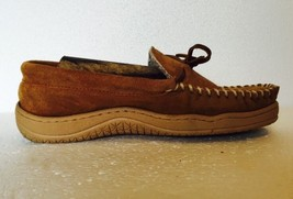 Gander Mtn Mountain Leather Moccasin Slippers Tan Suede Size 8 Insulated - $44.09 CAD