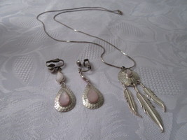 Vintage Hand Crafted Pink Stone Native American Necklace and Clip Earrin... - $26.00
