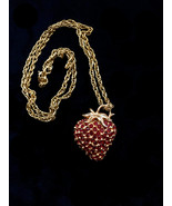 50s Vtg Deep Red Crystal Glass Rhinestone 3D Gold Strawberry Brooch & Pe... - $52.00