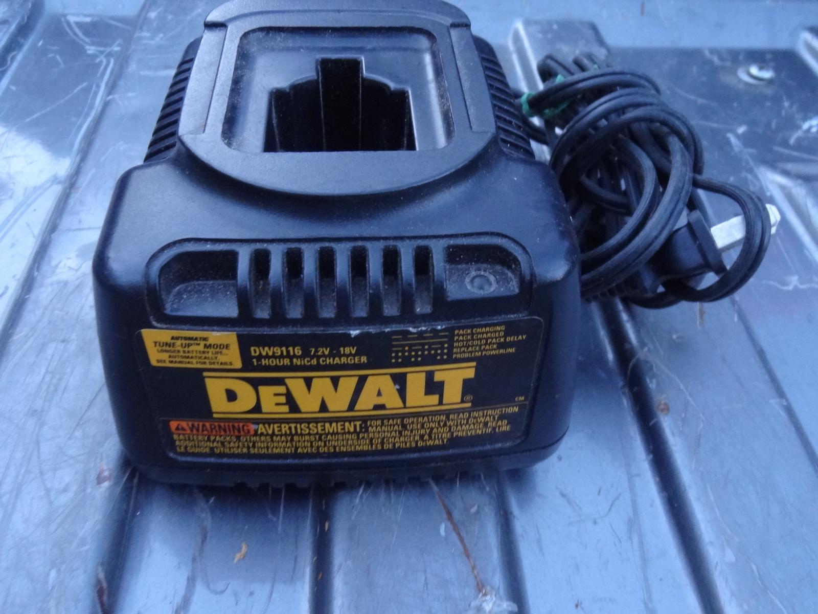 DeWalt 7.2V-14.4V 1 Hour Battery Charger #DW9107