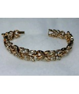 CROWN TRIFARI SIGNED VINTAGE CLEAR RHINESTONE GOLD TONE BRACELET  - $60.00