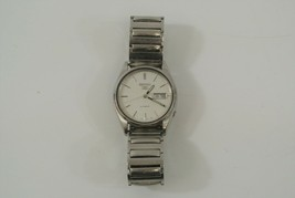 Seiko Men's Wristwatch Silver Automatic Stainless Steel Water Resistant ... - $48.37