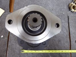 Parker Hydraulic Pump 323-9210-059, 0331339692 image 6
