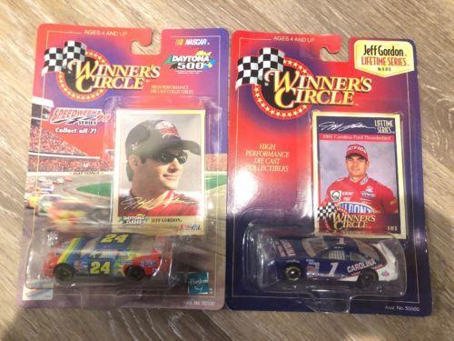 2-1:64 1998 Winner's Circle Jeff Gordon #24 Du Pont 1999 Chevrolet #1 Carolina