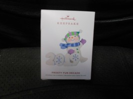 "Hallmark Keepsake ""Frosty Fun Decade"" 2019 Ornament Final n Serie NEW SE... - $9.65"