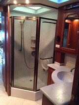 2006 American Eagle 40V RV For Sale In Tallahassee, FL 32312 image 3