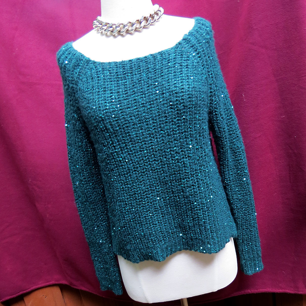 Jennifer Lopez Sequin Sweater Top Blouse Sz S Green Acrylic Blend J-Lo Thin Knit - $11.09