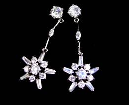 Vintage Star earrings - Bridal jewelry - snowflake chandelier drops - brilliant  image 1