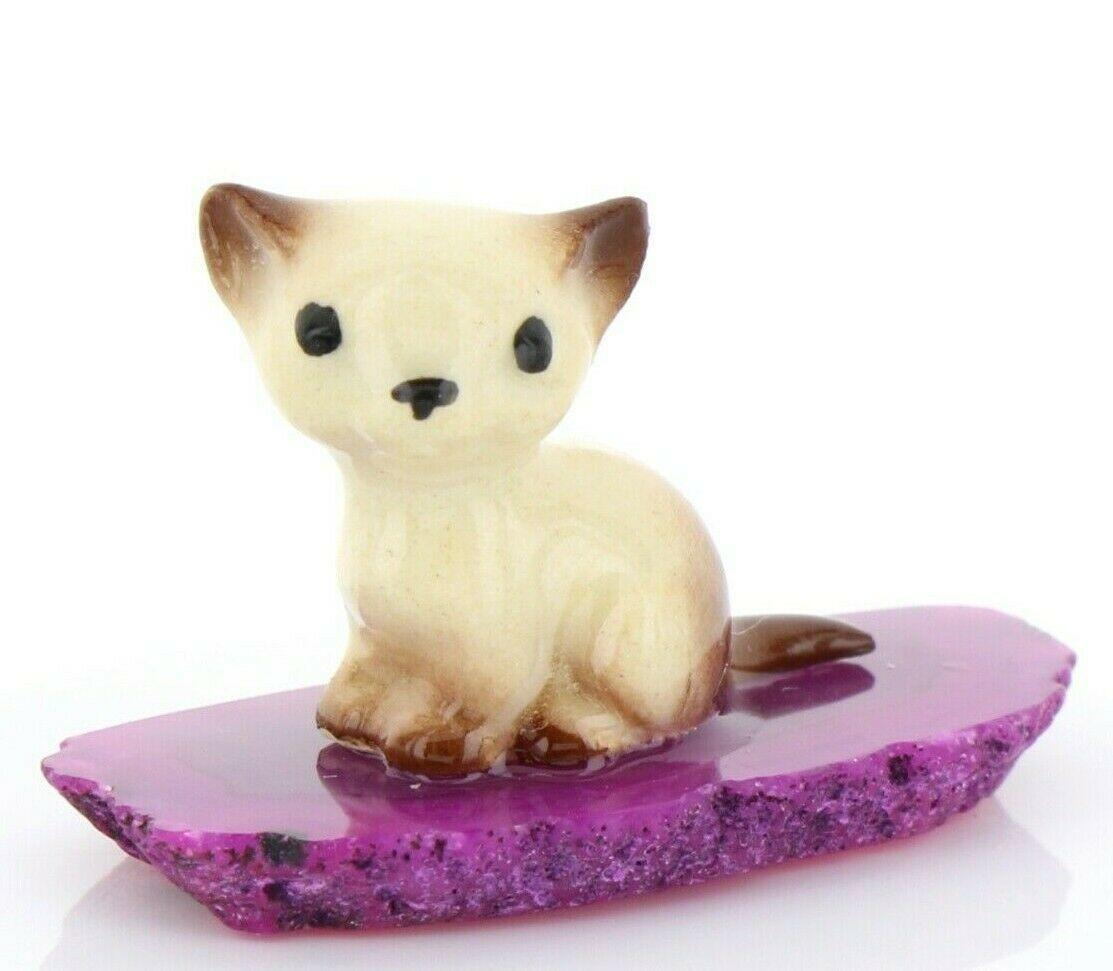 Hagen Renaker Miniature Cat Tiny Siamese Kitten on Base Stepping Stones #2731