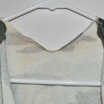 Wild Fable Women's Green & White Camo Print V-Neck Crop Hoodie Sweatshirt Size S image 3