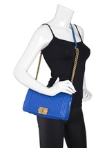 AUTHENTIC CHANEL ROYAL BLUE QUILTED VELVET MEDIUM BOY FLAP BAG SHW image 13
