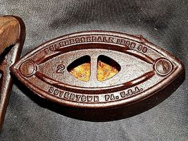 Antique Colebrookdale SAD Iron Co. Boyertown PA USA No. 2 with Handle AB 565-R image 3