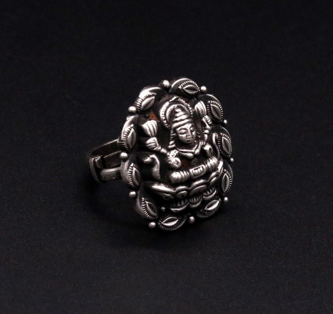 Primary image for TRADITIONAL DESIGN HAND ENGRAVED INDIAN GODDESS LAXMI DESIGN RING JEWELRY SR35