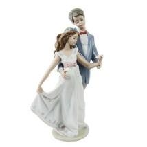 "Lladro #7642 "" Aujourd'Hui Et Toujours "" Young Man & Femme Danse Avec Fleur - $224.53"