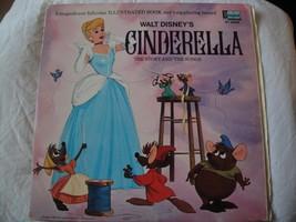 Walt de DISNEY Story et le Songs From Cendrillon Vinyle LP 1969 Livre et... - $37.01